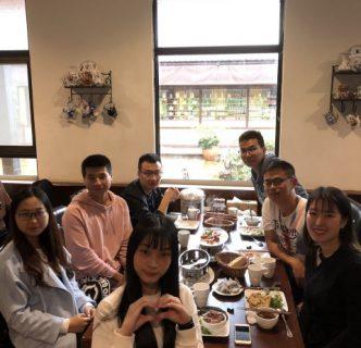 大陸交換生開心享用台灣特色有機餐廳合菜
